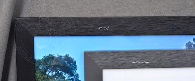 Detail sur les encadrements le cabanon du photographe - Couleur noir anthracite ...